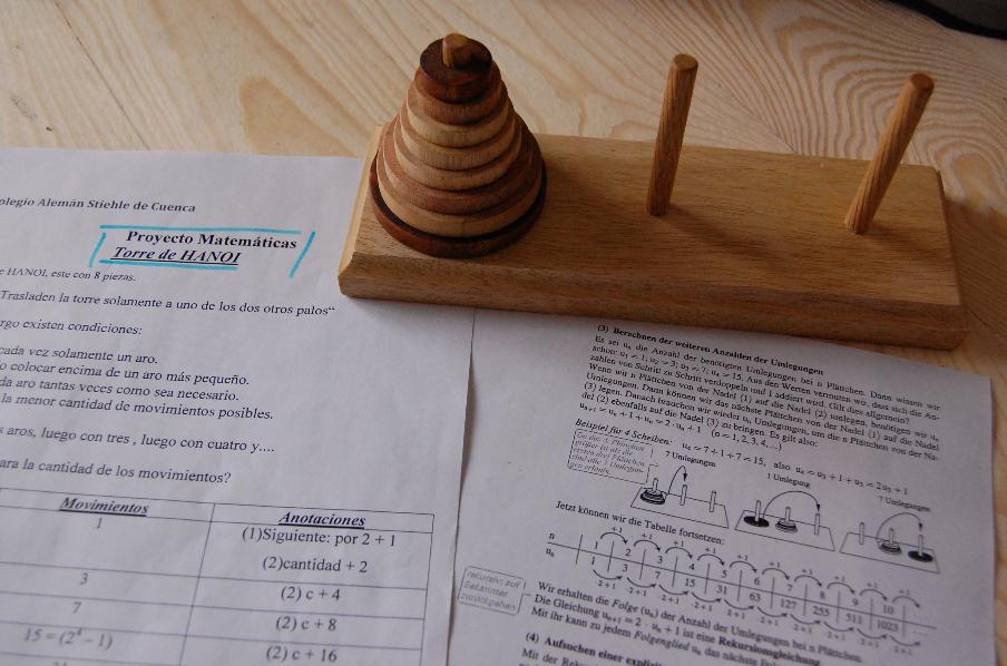 Haptische Mathematik mit dem Turm von Hanoi